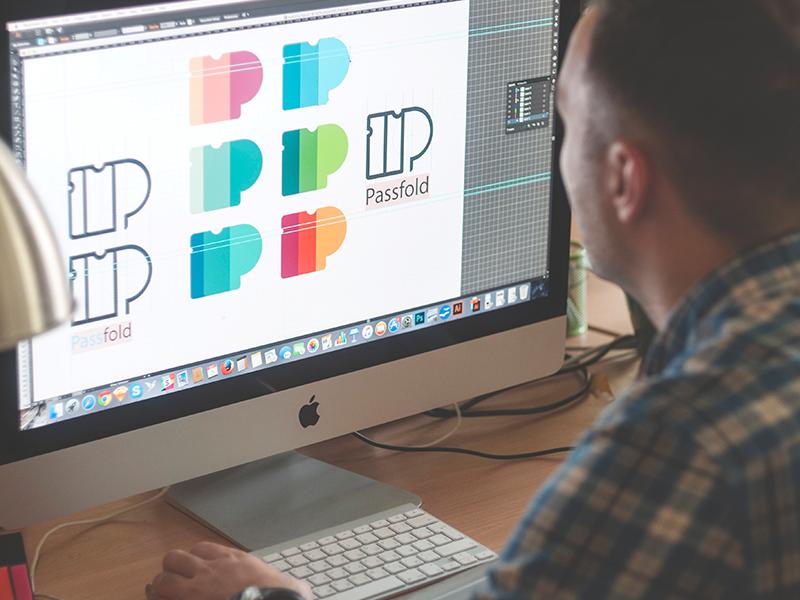 Design logo on destop hay còn gọi là Thiết kế logo trên máy tính đòi hỏi người thiết kế phải thực sự sáng tạo