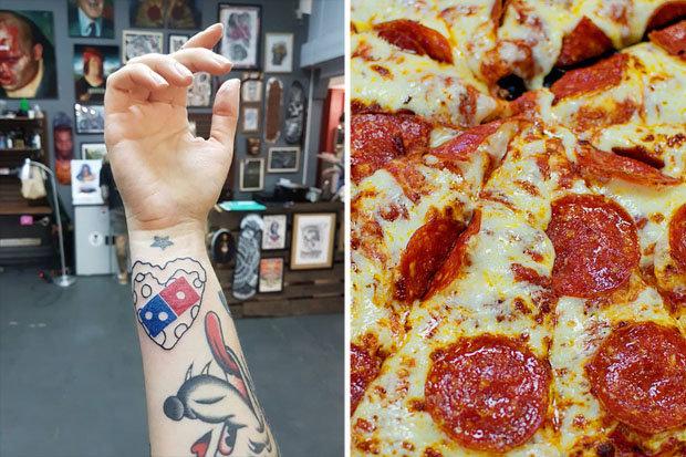 Đổ xô đi xăm logo thương hiệu pizza để được ăn miễn phí trọn đời
